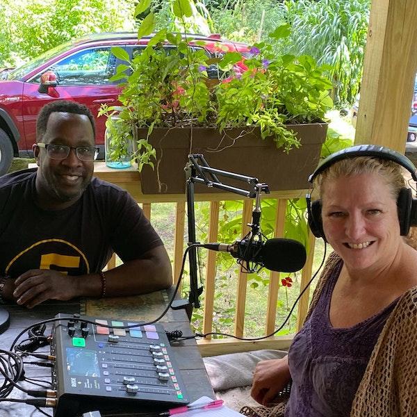 Positively Mondays with Lisa Z and JT Positive - Jonathan Thompson