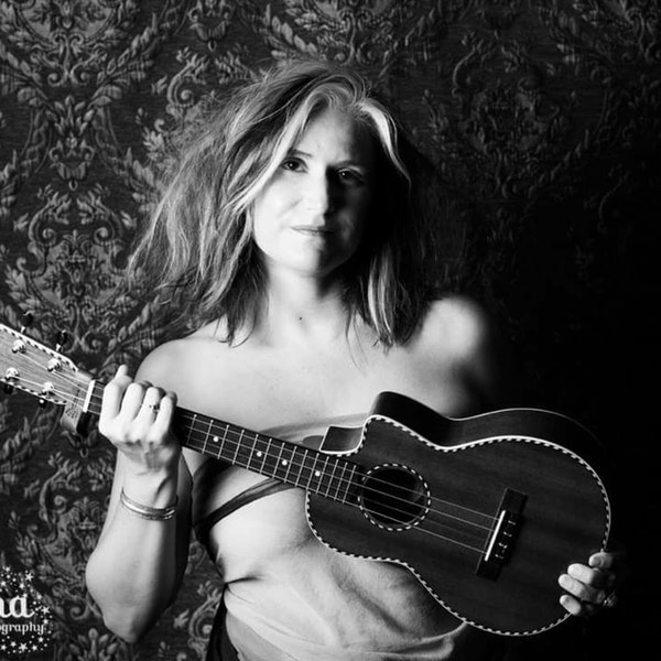 "Josephine Johnson live from ""The Bird's Nest"" Image"