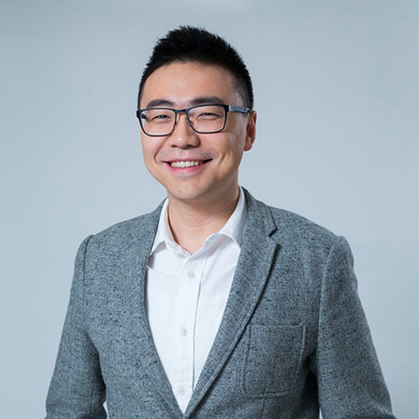 Angel Investor, Limited Partner, Managing Partner and advisor to family offices - Wally Wang describing the current situation in fundraising for startups from multiple points of view that he has. Image