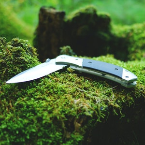 Episode 78 - Knives Revisited/Scout Shops Closing