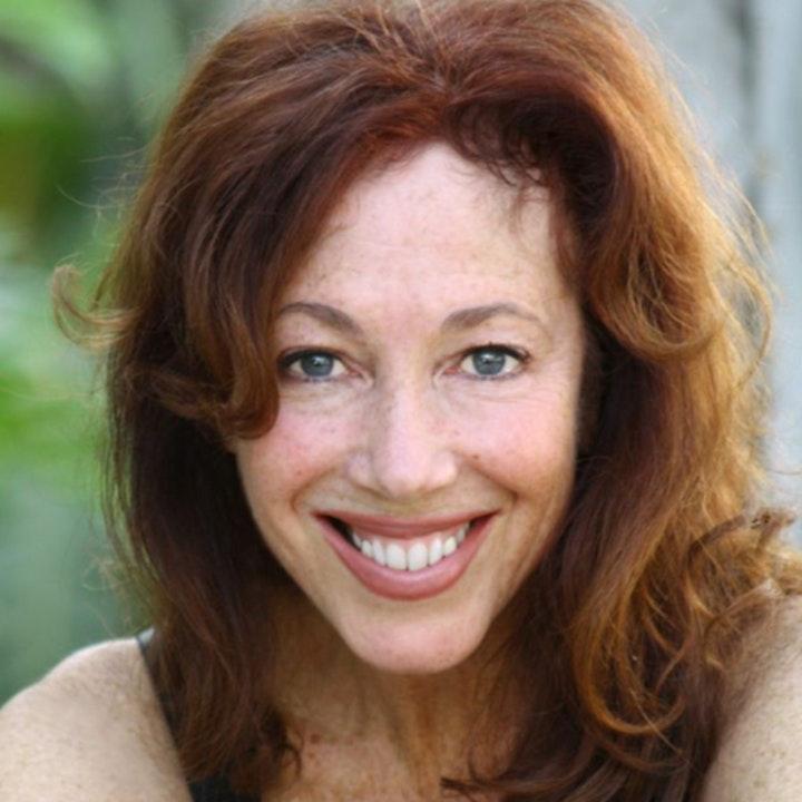 Season 2: Client 28 - Don't Dress Your Pets Or Pet Your Dress w/career actress Lisa London