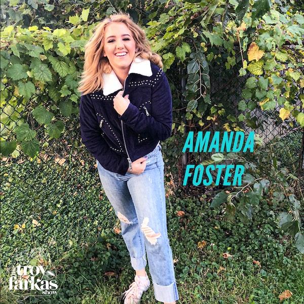 Ex-roommate Amanda Foster on bodybuilding, raising pigs & the perfect Hinge profile.