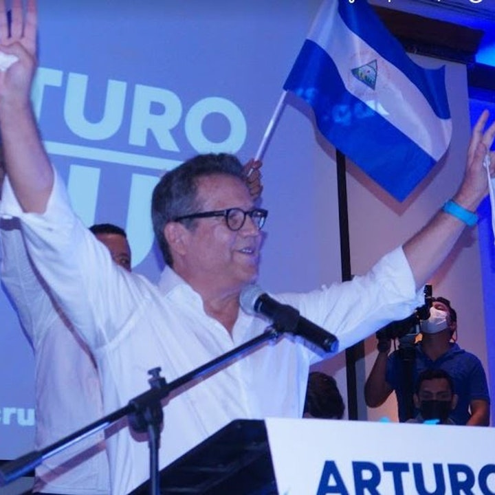 Abogado logra conversar con precandidato Arturo Cruz
