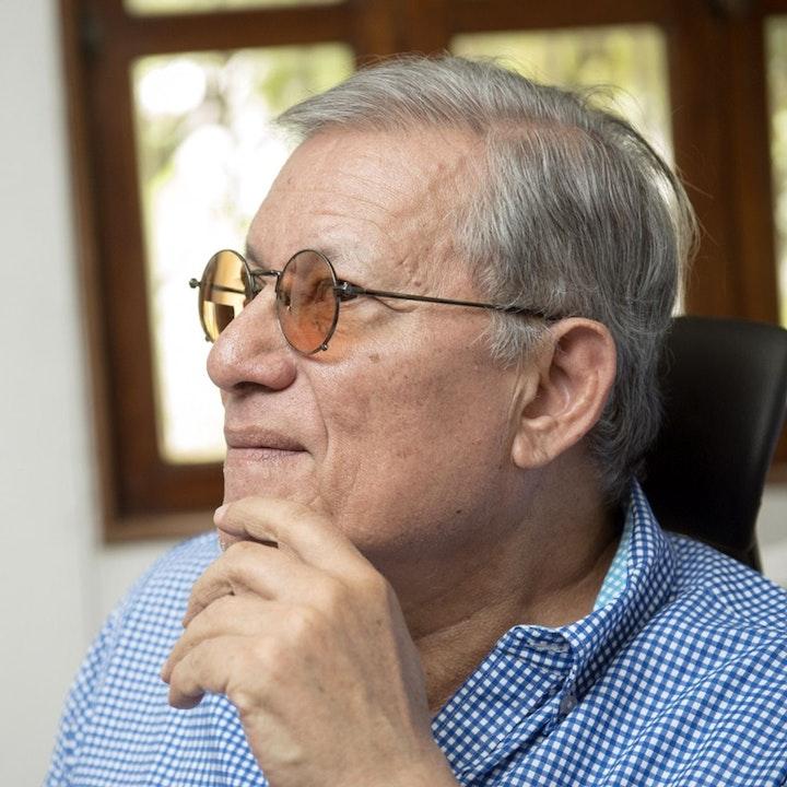 """#ENTREVISTA  Oscar René Vargas: """"cinco crisis simultáneas debilitan al régimen de Ortega"""""""