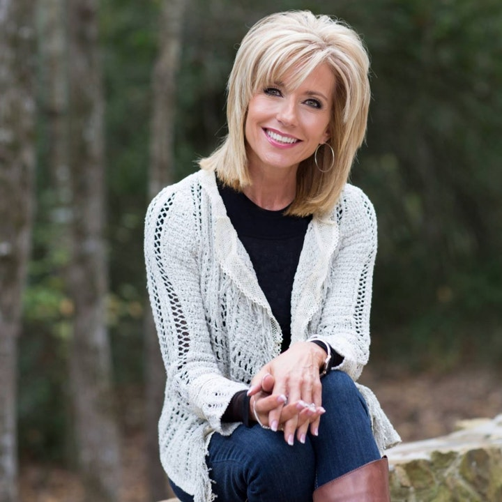 Beth Moore Apologizes for Her Elevating Complementarian Theology