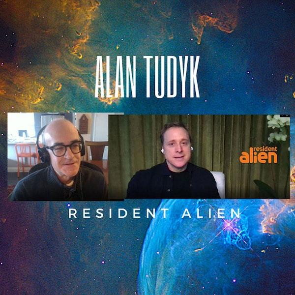Alan Tudyk Resident Alien Image