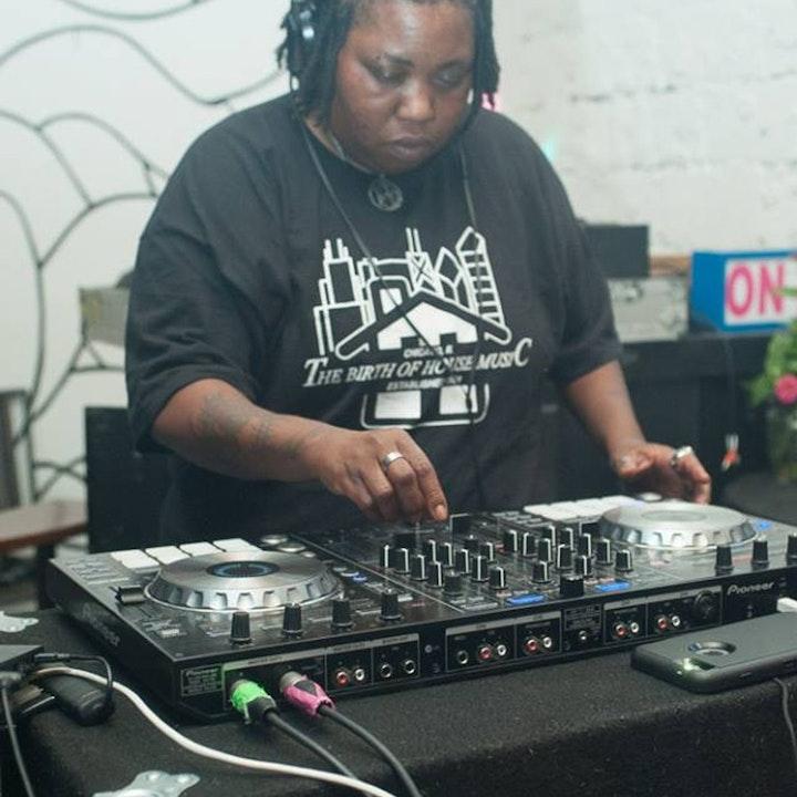 LIL HOUSE FREAK Mix With Deejay Anji Stone