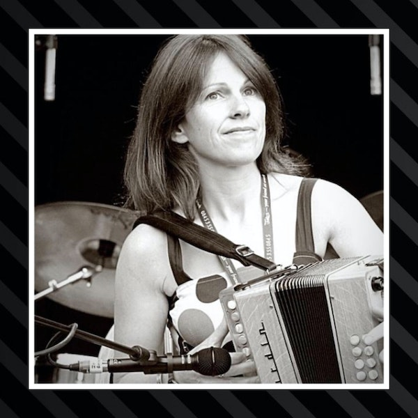 6:  The one with Sharon Shannon Image