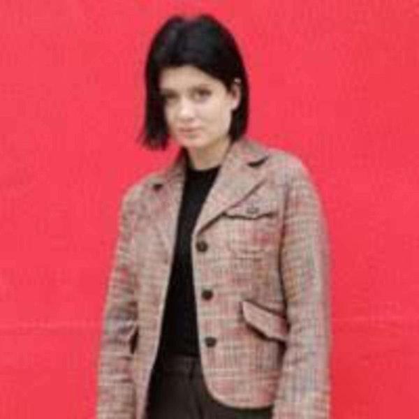 405 - Andreea Bunica (Mean-Bean) On AR Pocket Projectors Image