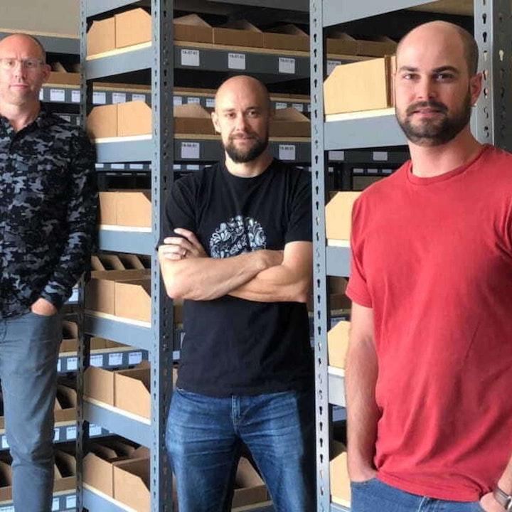 587 - Chris, Dan, and Matt (Omnia Fishing) On Shopping For Fishing Gear Online