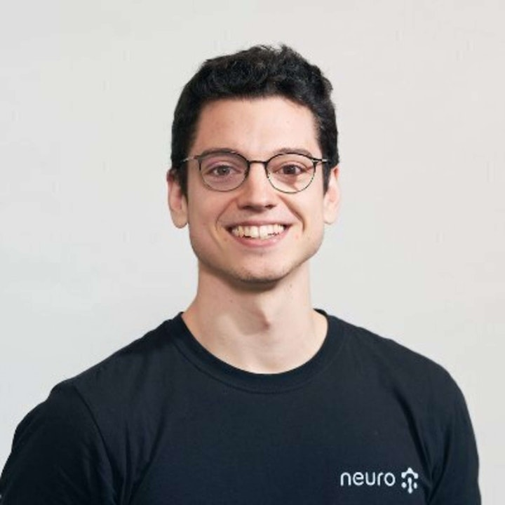 673 - Oscar Rovira (Neuro) On Building The API for Serverless  ML Compute