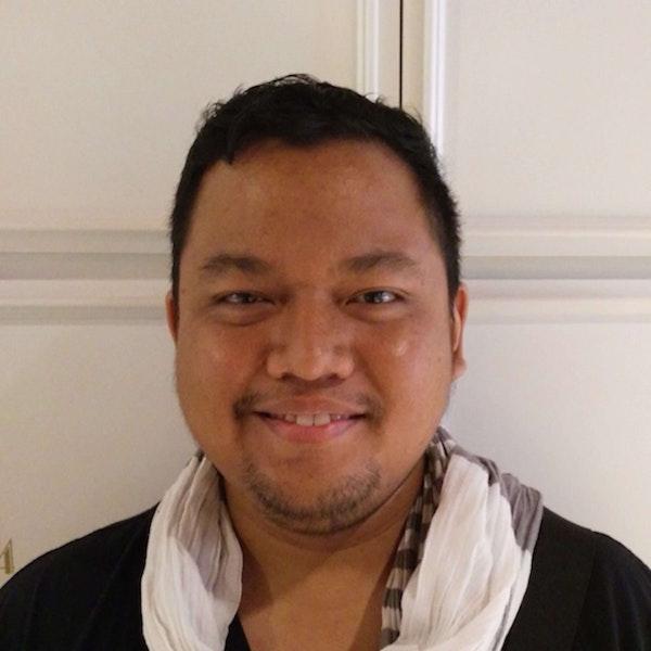 678 - Ario Tamat (KaryaKarsa) Helping Creators Sell To Their Fans Image