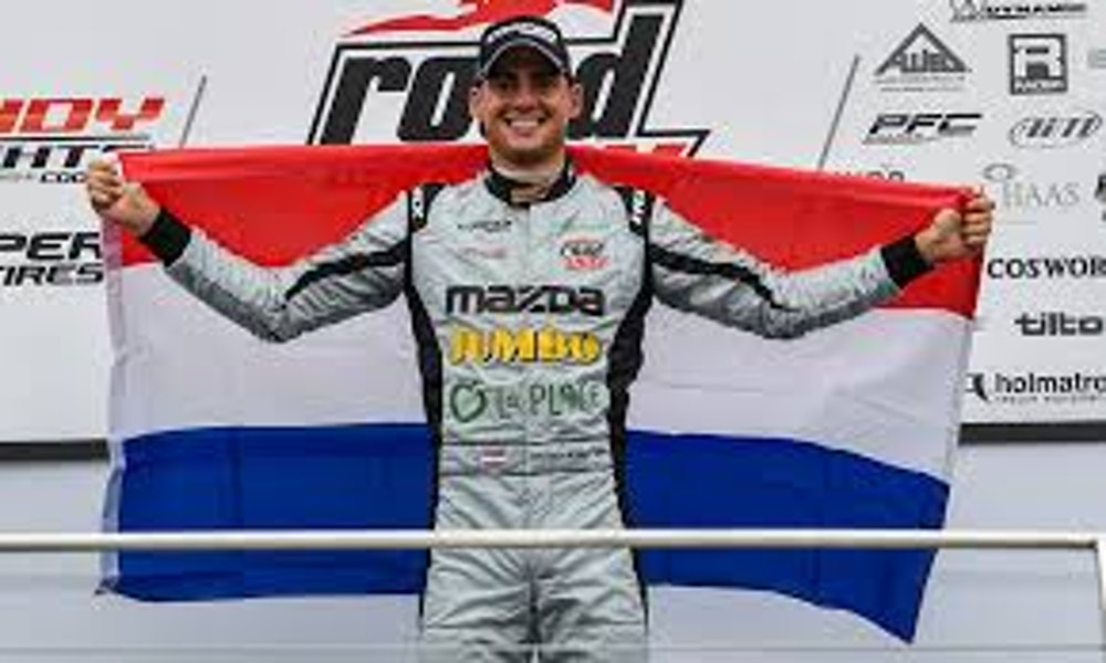 INDYCAR Rookie of the Year Contender Rinus VeeKay Joins the Show!
