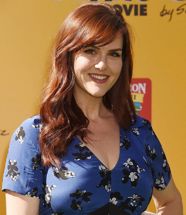 "Talking ""B Positive"" & ""Less Than Perfect"" with SARA RUE"