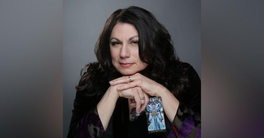 Interview with Psychic Corbie Mitleid