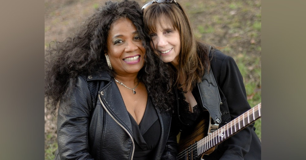 Soulful_Femme_is_a_blues_fun jazz_duo_from_Pittsburgh