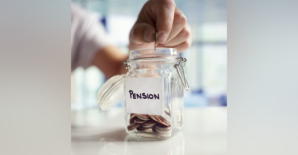 When you should start paying into your pension with Radon Stancil | Freelancer Talk #13