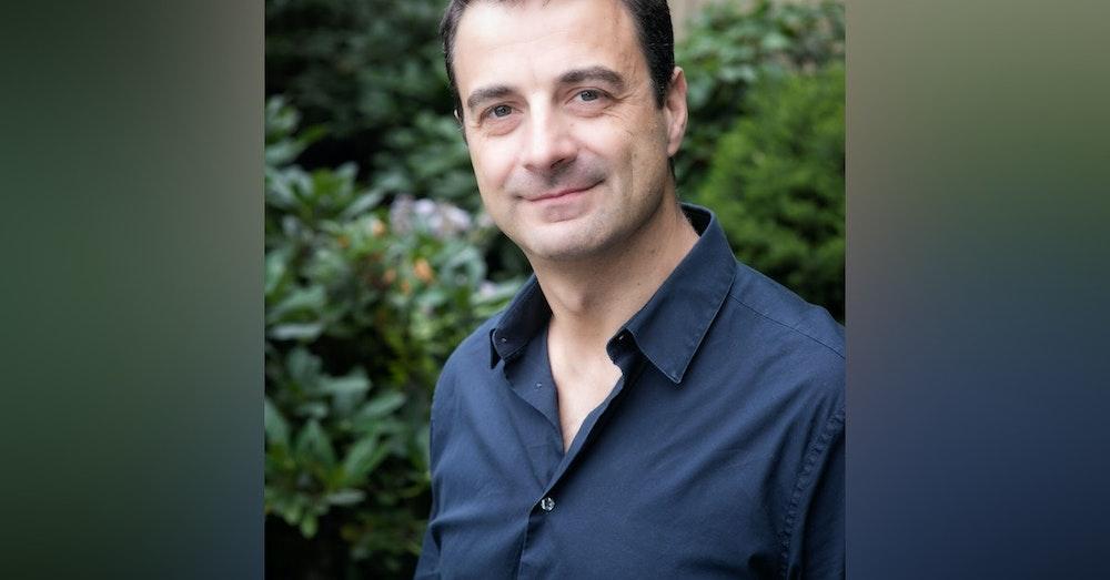 A Writer's Life 📖 Daniel Kalla