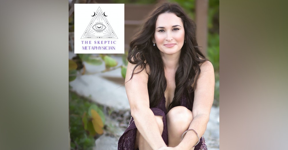 Clairvoyance & What It Means To Be A Conscious Channel with Hollywood Healer Laura Saltman