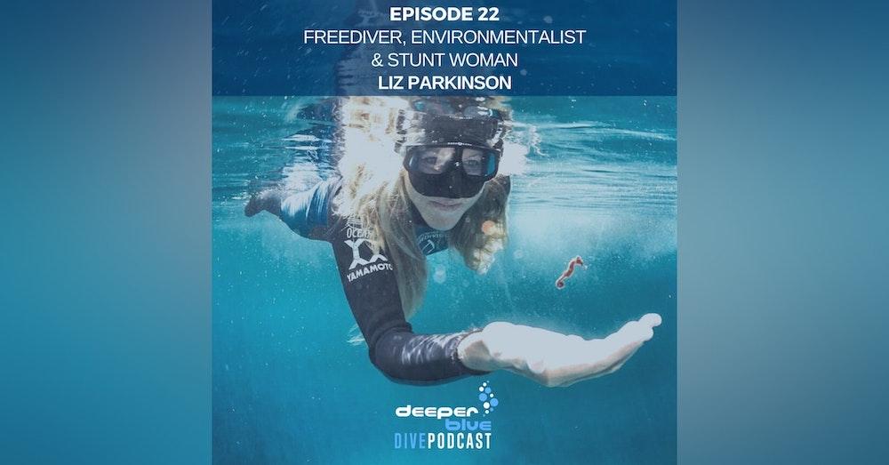 """Underwater Stuntwoman Liz Parkinson Talks of Her Work on the """"Avatar"""" Sequels & the World's Deepest DIY Submarine"""