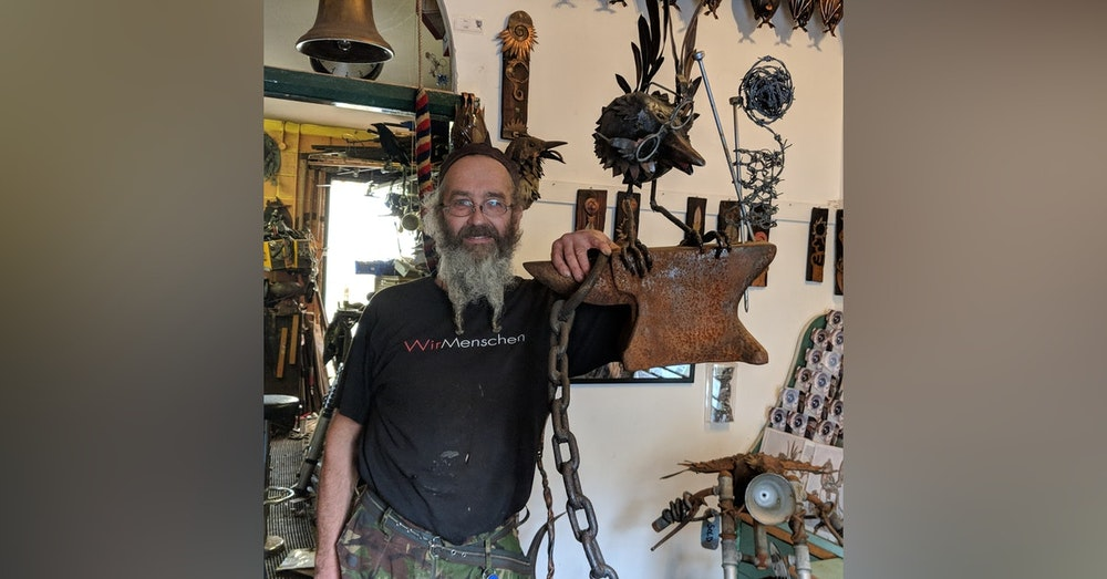 #010 Graculus Sculptures with Michael Kusz (and Joe the Crow)