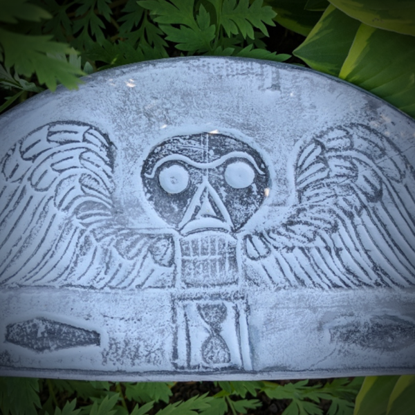 Gravestone Girls: Cemetery Art and History Devotees Image