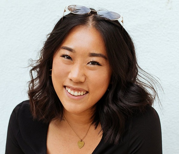 Straddling Cultures with Wendy Wei