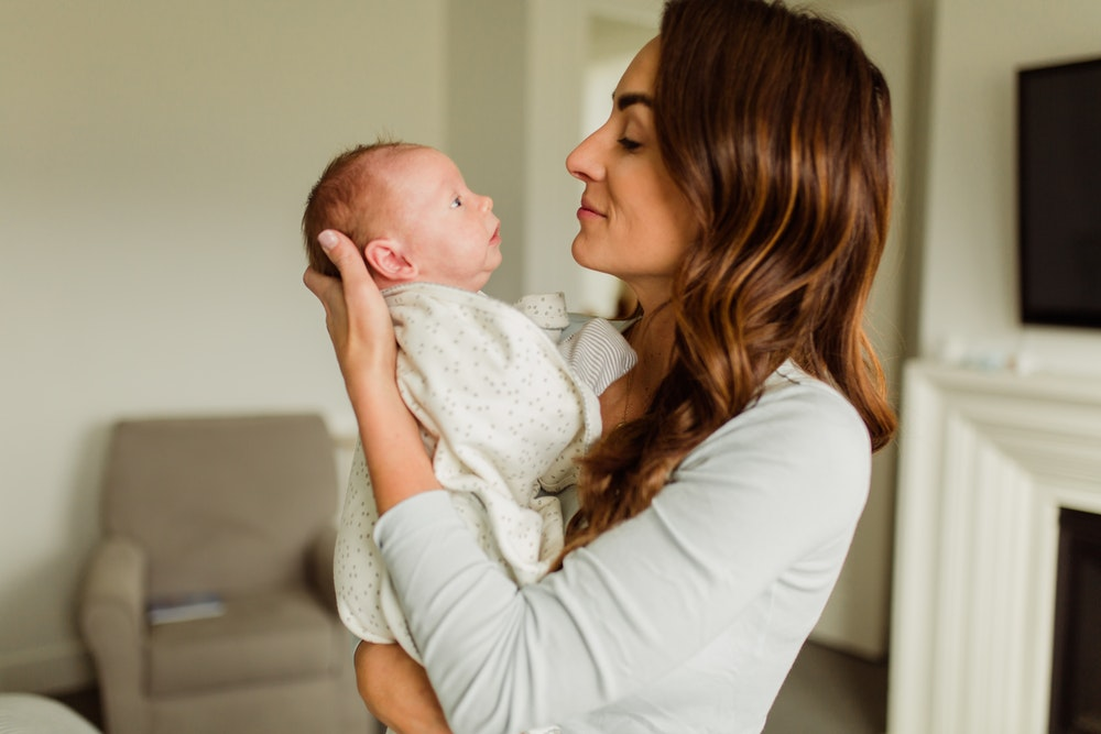 Cuidados en casa para mamá y el recién nacido
