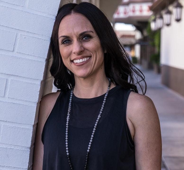 4. Working with a Financial Advisor w/ Brianne Soscia, The Financial Yogi