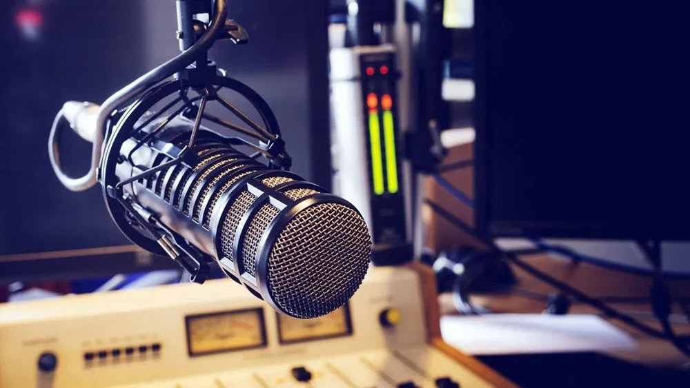 """""""En el Día Mundial de la Radio, el Ministerio TIC se consolida como aliado del sector"""": ministra Karen Abudinen"""