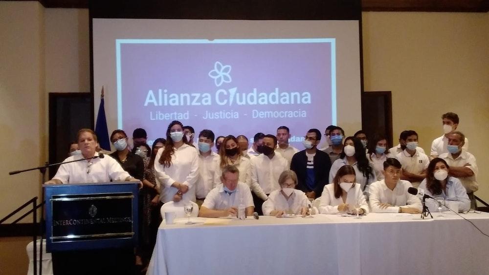 CxL inscribe alianza electoral sólo con Pamuc