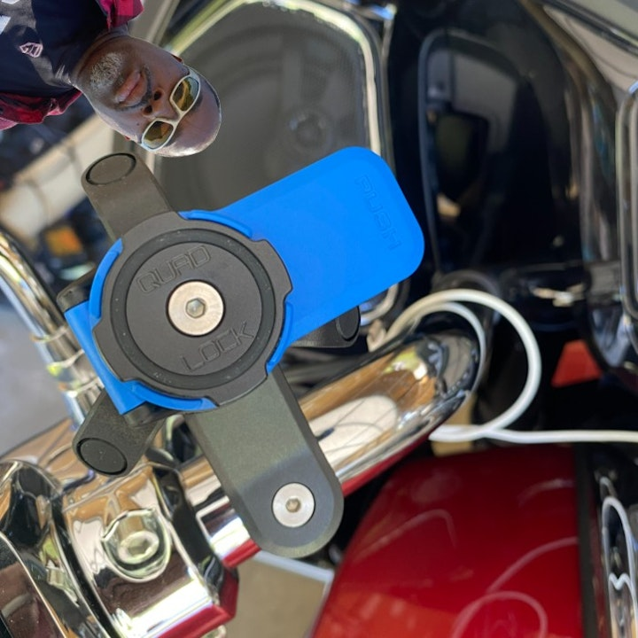 Product Review - Indian Motorcycle Radio - Quadlock