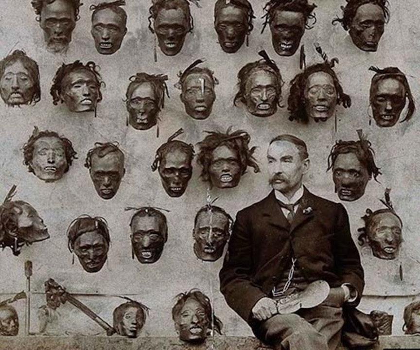 3 Creepy Photos And Their Disturbing Backstories