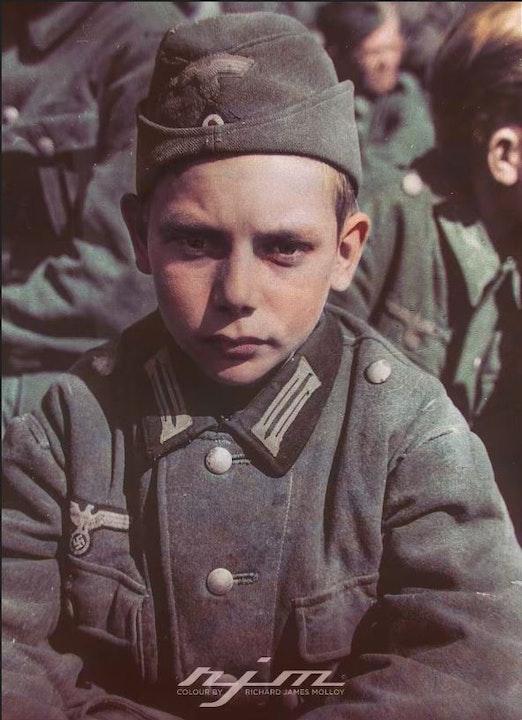 29 Prisoner of War in WWII - Memoir by Brian Asquith