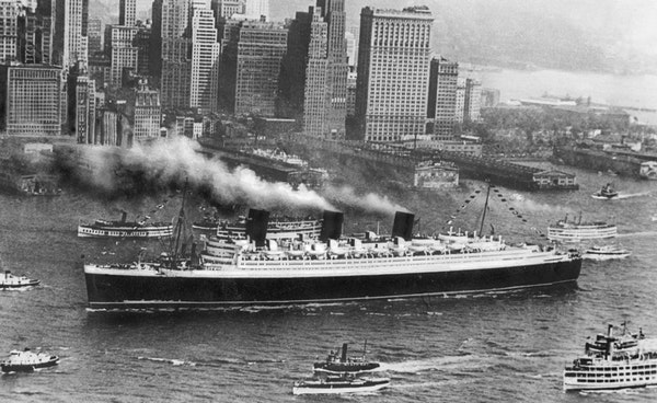 30 Queen Mary in WW2 Image