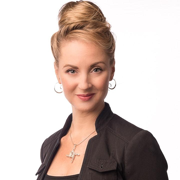 S3E2: Natalie Nugent O'Shea - Passionate Purveyor of Irish Arts in America's Midwest