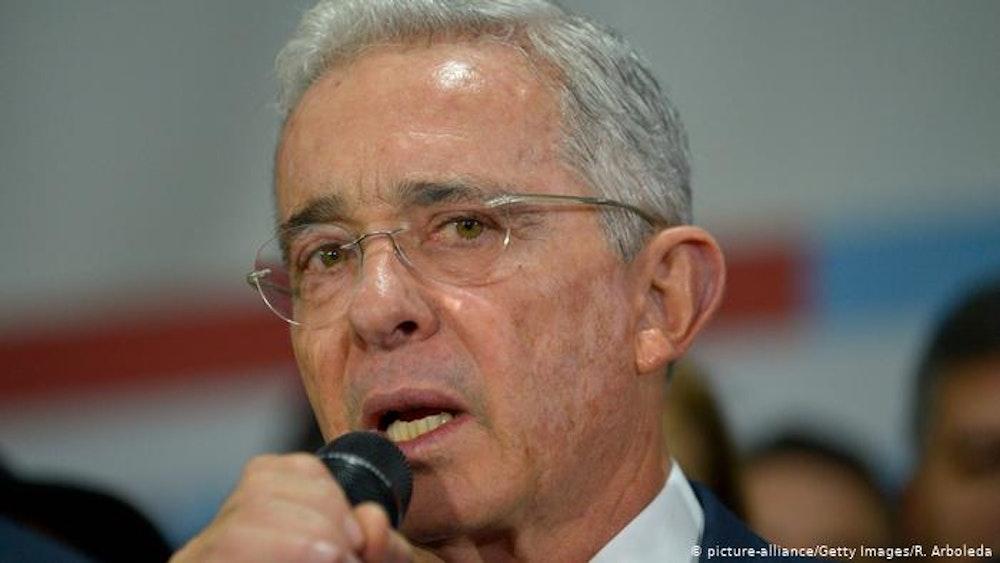 """Álvaro Uribe se siente """"secuestrado"""" por su detención domiciliaria"""