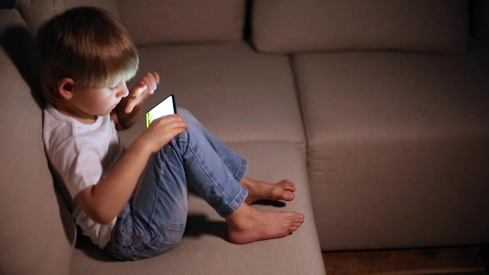 """""""7 consejos para mantener a los mas pequeños protegidos mientras juegan"""""""
