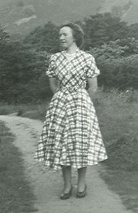 34 Women at War 3 - Wartime Holiday memoir by Anne Cheall