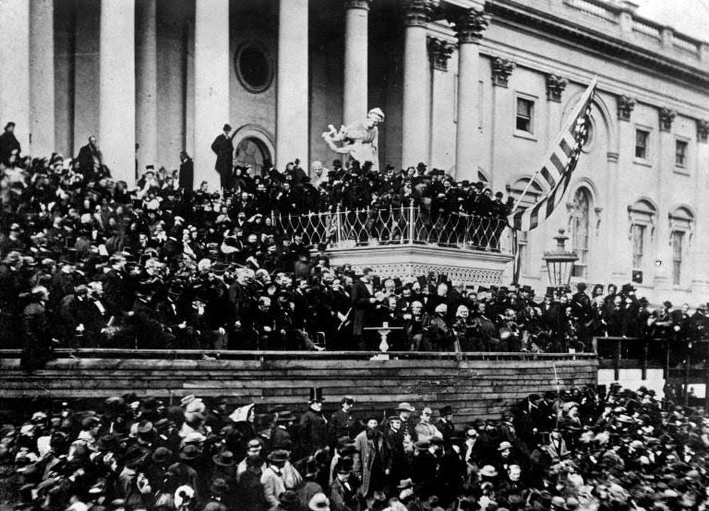 What is the purpose of an Inaugural Address ?