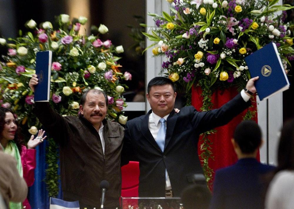Wang Jing expulsado de la bolsa Shanghai por estafa del Canal Interoceánico