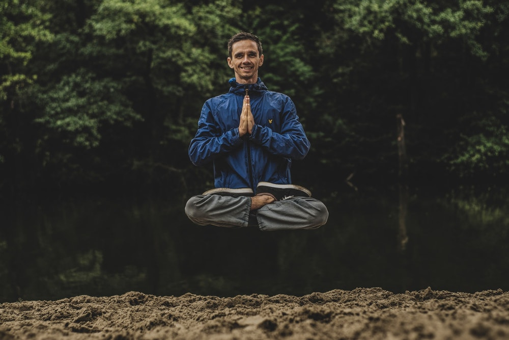 7 Easy Tricks On How To Calm Your Mind Without Meditation