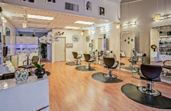 Hair salon etiquette