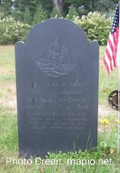 Episode 14 - The Old Burying Ground and the Wreck of the Brig Hattie Eaton off Kittery Point, Maine