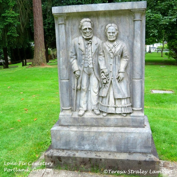 Episode 30 - Lone Fir Cemetery in Portland, Oregon Image