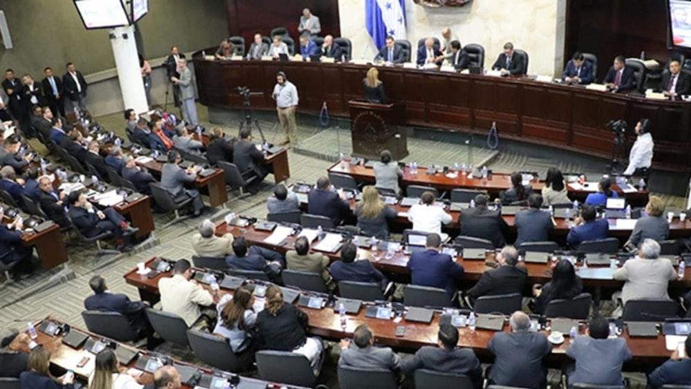 El Parlamento de Honduras aprueba proyecto de ley que prohíbe el aborto