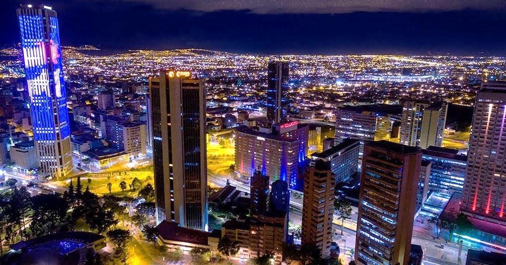 No habrá confinamiento de fin de semana en Bogotá. Recomiendan no usar tapabocas de tela