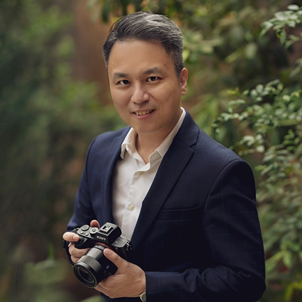Wedding and portrait photographer and Sony Alpha Professional Photographer Eric Ooi Image