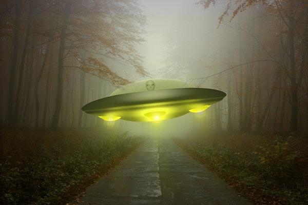 Road To Strange - UFO's, Aliens & High Strangeness Image