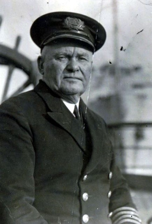 10 Dunkirk ship diaries of Capt Tom Woods OBE, WW2